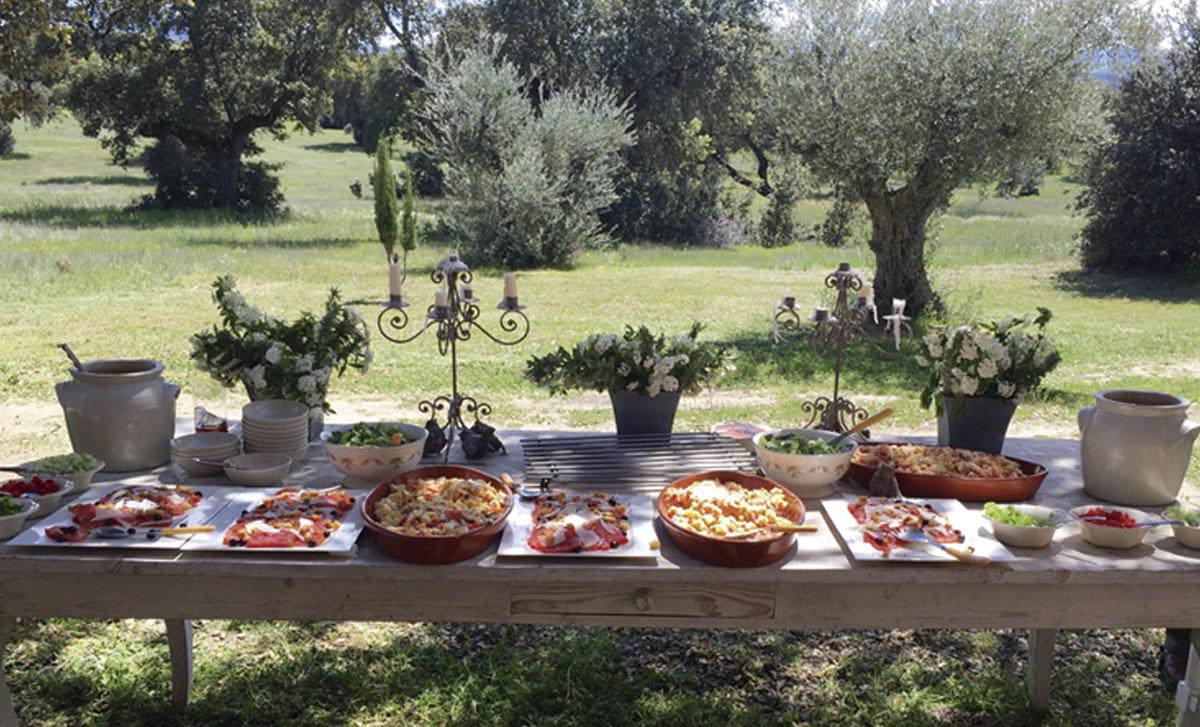 organizamos almuerzos o cenas buffet